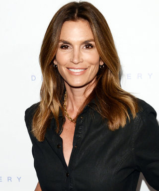 Cindy Crawford's Bikini Body Is the Definition of #FitSpo