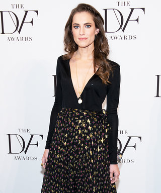 13 Times Birthday Girl Allison Williams and Her Dog Moxie Defined #PuppyLove on Instagram