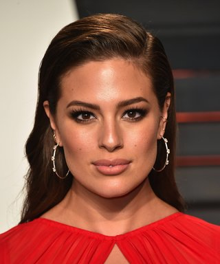 Ashley Graham's Barely-There Makeup Is #Flawless