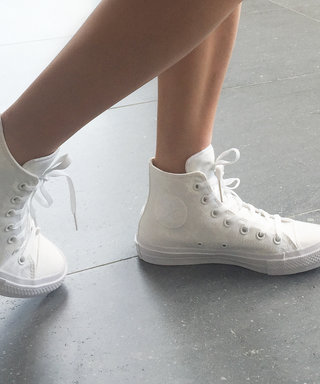 This Is What Happens When You Use Flash to Take a Picture of These White Sneakers