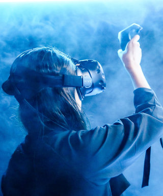Google Unveils Tilt Brush and Turns Brooklyn Partygoers into Virtual Artists