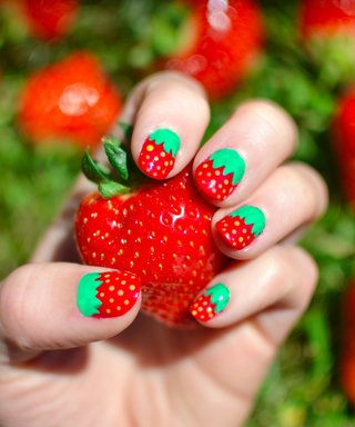 10 Fruity Manicures for Your Summer Nail Inspo