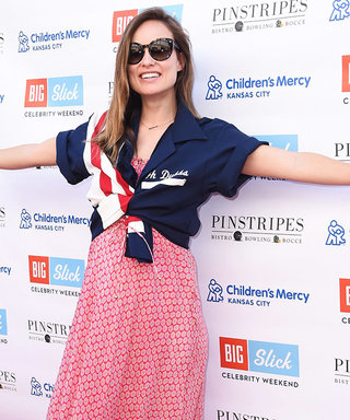Olivia Wilde Nails Chic Maternity Wear in Converses and Maxi Dress