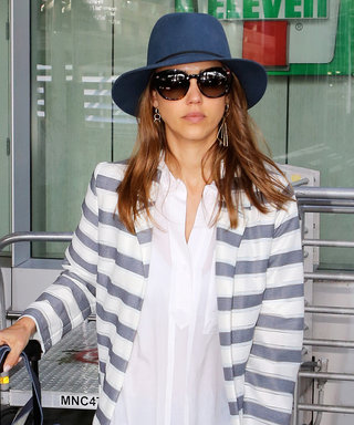 Jessica Alba Is All the Travel Style Inspiration We Needfor Fourth of July Weekend