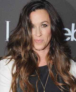Pregnant Alanis Morissette Bares Her Baby Bump in Nude Underwater Photo