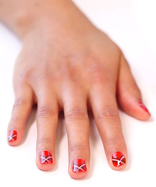 Nail Art Know How: Plaid Stripes