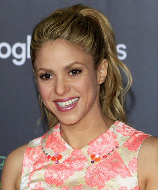 "Shakira's ""La Bicicleta"" Music Video Teaser Will Get You Ready to Shake Those Hips"
