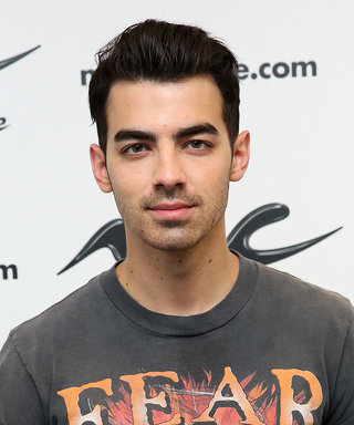 Get a Look at Joe Jonas's Chiseled Abs in This Shirtless Post-Show Selfie