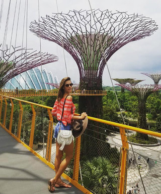 Alessandra Ambrosio Rocks the Best Vacation Outfits While in Singapore