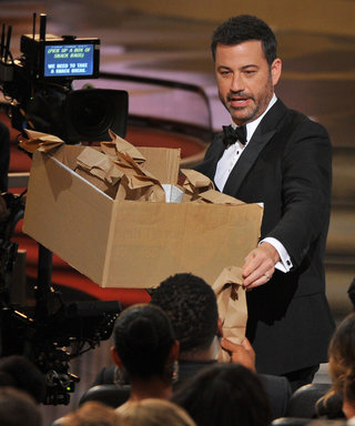 Jimmy Kimmel Hands Out His Moms PB&J Sandwiches to the Hungry Emmys Audience