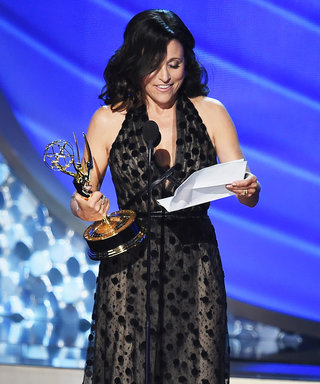 8 of the Most Memorable Moments from the 2016 Emmy Awards in GIFs