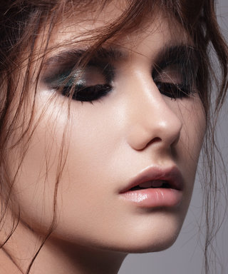 Why You Should Wear Eyeliner in the Shower—No, Really