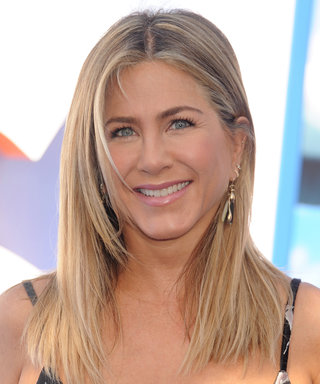 Jennifer Aniston Will Preview Office Christmas Party at EW PopFest