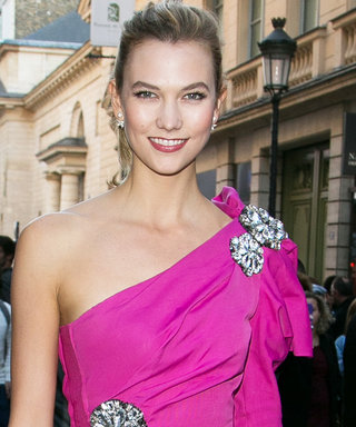 Karlie Kloss Puts Her Spin on Casual Glam at Paris Fashion Week
