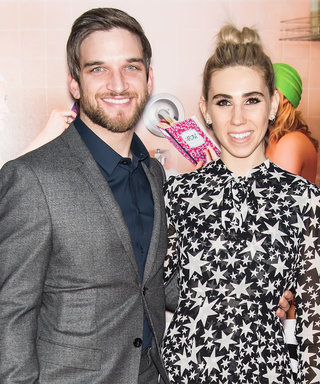 Girls Star Zosia Mamet Marries Longtime Boyfriend