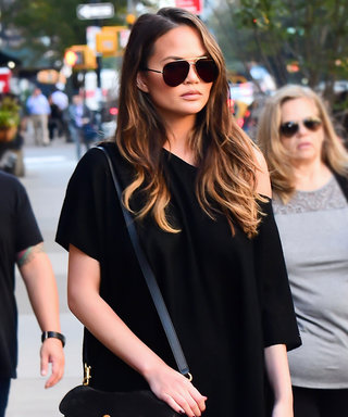 Chrissy Teigen Hits the N.Y.C. Streets in the Perfect All-Black Outfit