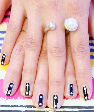 Nail Art Know How: Buttoned Up
