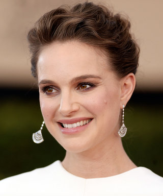 Natalie Portman Was an Angelic Queen at the SAG Awards