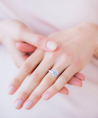 This Is How Much People Spend on Average on an Engagement Ring