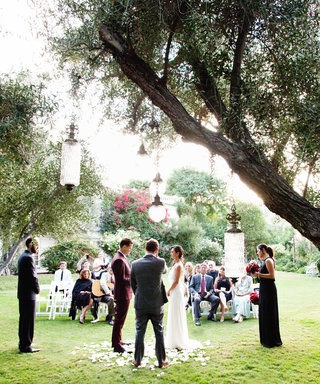 Everything You Need to Ask Before Booking a Venue for Your Spring Wedding