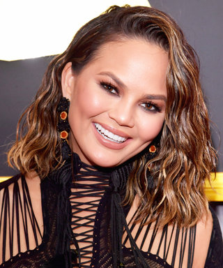 Chrissy Teigen Just Debuted the Haircut We All Want at the Grammys