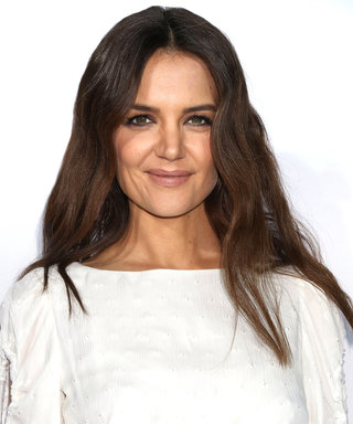 """Katie Holmes Says Hillary Clinton's Loss """"Hurt My Child So Much"""""""