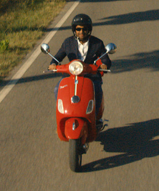 Master of None's New Trailer Has Us Booking Trips to Italy, Pronto