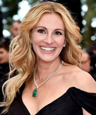 Anyone Who Struggles with Liquid Eyeliner Will Relate to This Julia Roberts TBT