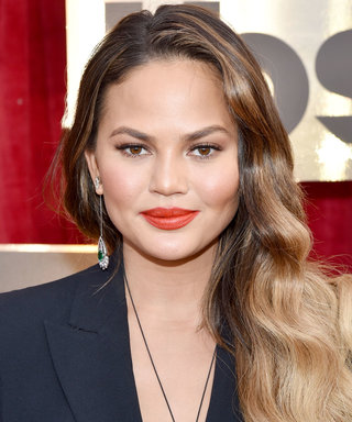 Chrissy Teigen's Late Night Hair Extensions Crisis Cannot Be Missed
