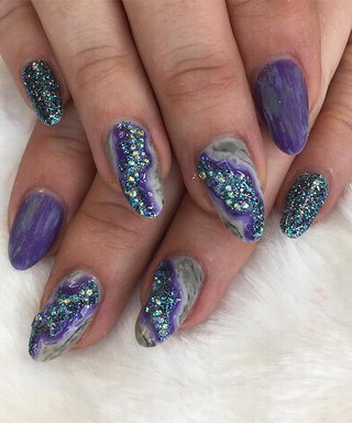 Geode Nail Art Brings Your Crystal Obsession to Your Fingertips