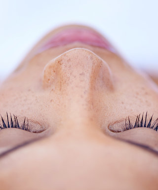 How to Take Care of Eyelash Extensions In Summer
