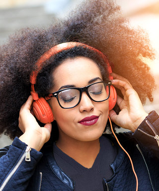 5 Podcasts Cool Girls Are Currently Obsessed With