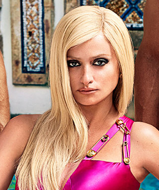 The Official First Look at Penelope Cruz as Donatella Versace Is Here