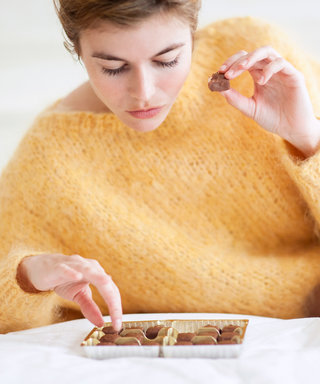 6 Sneaky Reasons You've Been Eating More (Even When You're Not Hungry)