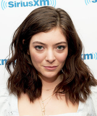 Lorde Invites a Juice Bar Worker to Join Her at Governors Ball