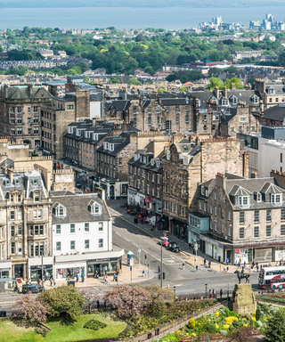 The Ultimate Guide to Edinburgh