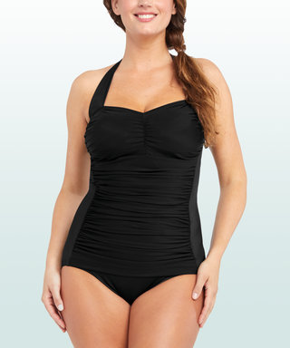 Editor Tested: The Universally Flattering Swimsuit