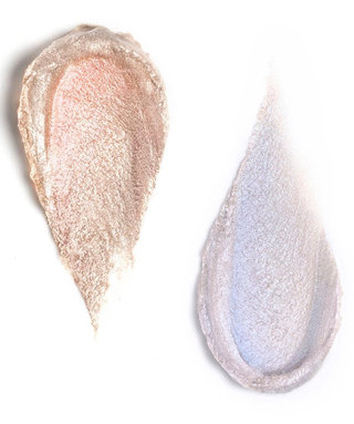 This Is WhatRituel de Fille'sHolographic Highlighters Look Likein Real Life