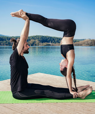 6 Weird Ways Yoga Can Benefit Your Dating Life