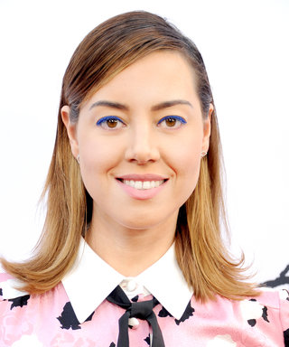 Daily Beauty Buzz: Aubrey Plaza's Blue Eyeliner