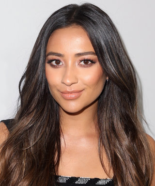 "Shay Mitchell Said the Pretty Little Liars Cast Was ""Bawling"" During the Final Scene"