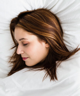 This Anti-Wrinkle Pillow Has Hundreds of 5-Star Reviews on Amazon