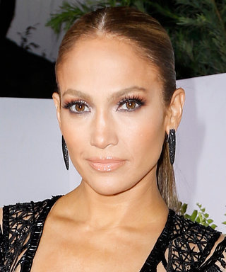 Jennifer Lopez Heads to the Gym Makeup-Free, Looks Incredible