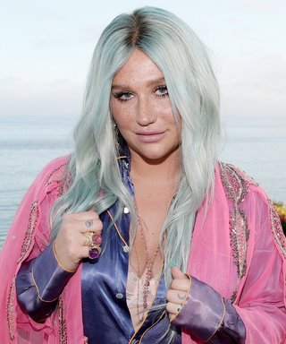 "Watch Kesha's Emotional First Live Performance of ""Praying"""