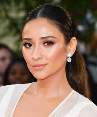 Shay Mitchell Is Teaming Up with This Gossip Girl Alum for a New Show
