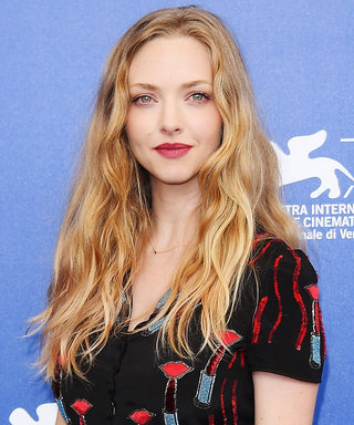 Amanda Seyfried Has Red Lipstick All Over Her Dress
