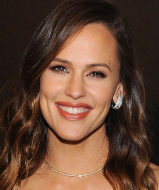 Jennifer Garner Recalls Her Alias Days in Badass 'Gram