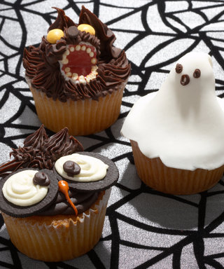 Trick or Treat! The Cutest (and Spookiest!) DIY Halloween Desserts on Pinterest