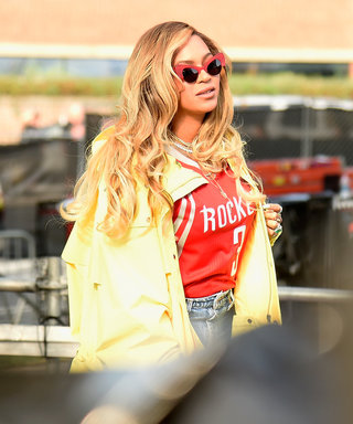"""Jay-Z Gets Thousands of People to Sing """"Happy Birthday"""" to Beyoncé"""