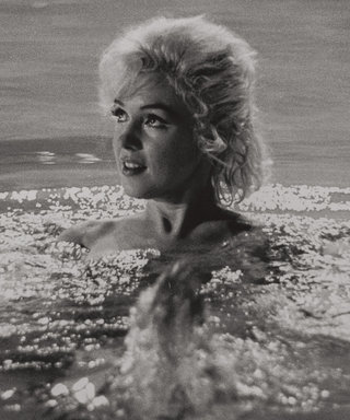Rare Photos of Marilyn Monroe Nude in a Pool Go Upfor Auction